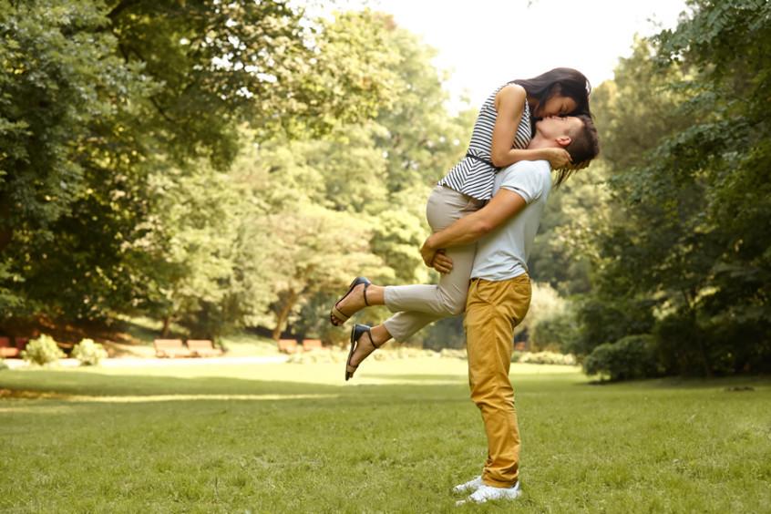 nuestro primer beso le gano a todos los de las peliculas2
